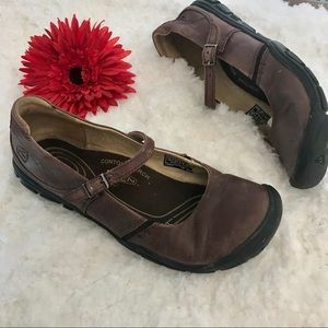 Leather keen mary janes